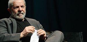 TSE vive situação inédita com registro de Lula
