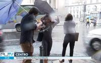 Vídeo: entrevista de repórter durante temporal viraliza na web