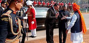 Bolsonaro exalta poderio militar indiano durante desfile de Dia da República