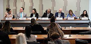 Aumento de feminicídio gera debate no senado