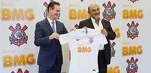 Corinthians acerta acordo com banco para patrocinar camisa