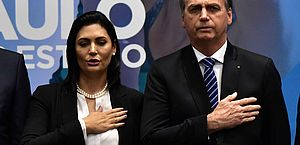 Bolsonaro diz que Moro é patrimônio nacional e que não viu nada anormal em mensagens