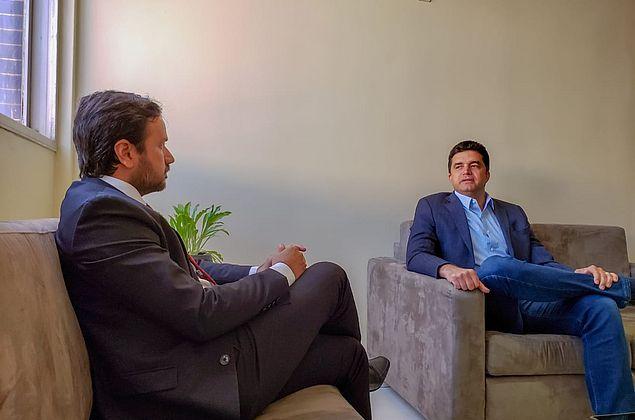 Prefeito e presidente da OAB/AL discutem situação do Pinheiro