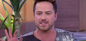 Comediante do programa 'A Praça É Nossa' morre de Covid-19 aos 39 anos