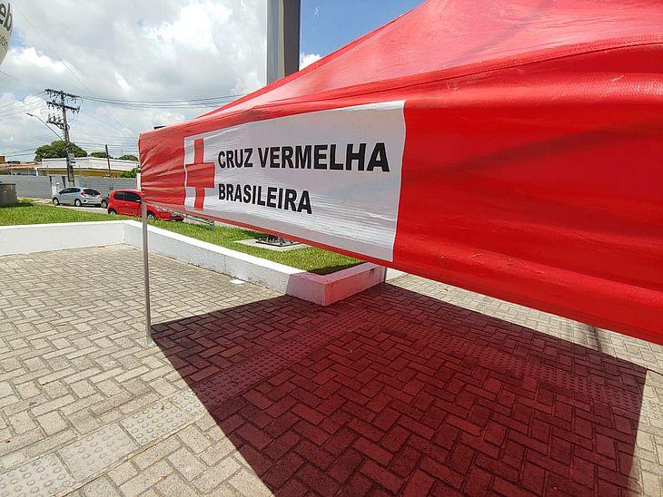 Tenda montada pela Defesa Civil para o simulado na Rua Clarêncio Jucá