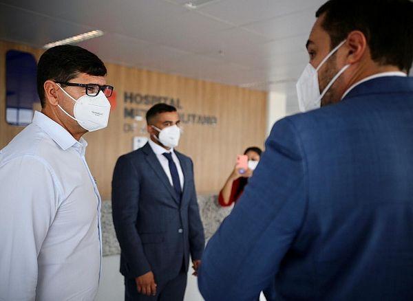 Alexandre Ayres acompanhou o secretário do Ministério da Saúde, coronel Luiz Otavio Franco, durante visita ao HMA