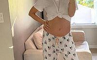 Sthefany Brito mostra barriguinha da gravidez de seu primeiro filho: 'Nenê crescendo'