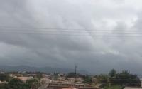 Vídeo: cidade do Interior registra chuvas há 8 dias; veja previsão do tempo