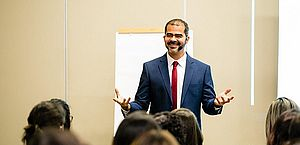 Cristiano Saback é consultor de carreiras
