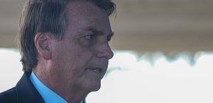 Bolsonaro promete sancionar auxílio de R$ 600 para coronavírus ainda nesta terça