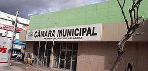 Justiça suspende aumento de 50% nos salários dos vereadores de Palmeira dos Índios