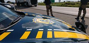 Agentes da Polícia Rodoviária Federal