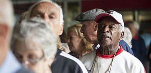 Enquete DataSenado ouve brasileiros sobre o 14º salário emergencial para aposentados
