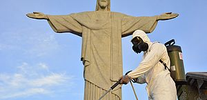 No Rio, primeira dose da CoronaVac será aplicada nesta segunda-feira, no Cristo Redentor