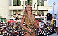 Claudia Leitte homenageia Madonna no 2º dia de folia em Salvador