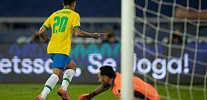 Copa América: Brasil vence Colômbia no fim em duelo com gol polêmico de Firmino