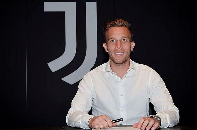 Venda de Arthur para Juventus é o negócio mais caro nesta janela; veja top 10