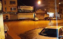 Ruas e casas foram interditadas por causa das fortes chuvas da última sexta (24)