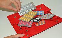 Você guarda medicamentos da forma correta? Farmacêutica explica