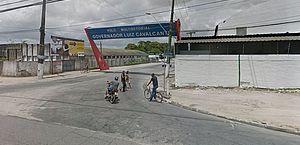 Homem é flagrado dormindo ao volante em semáforo da Avenida Durval de Góes Monteiro