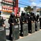 Vídeos: disparos de bala de borracha e feridos em protesto de trabalhadores da Veleiro