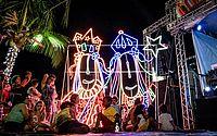 Natal dos Folguedos tem atraído muita gente e feito a alegria das crianças na orla de Pajuçara.