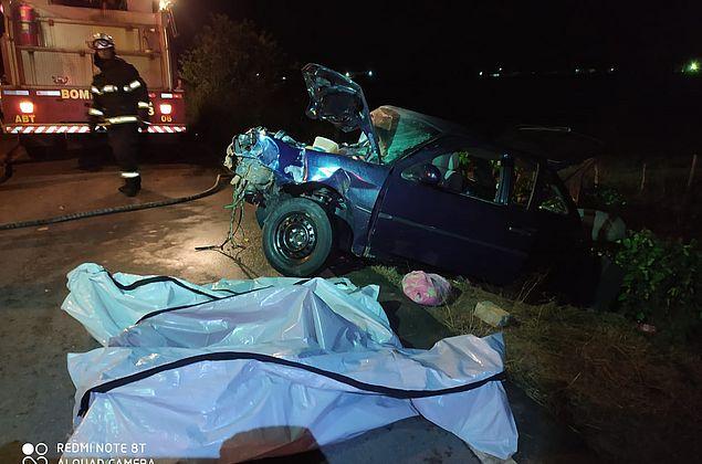 Vídeo: grave acidente no Agreste deixa quatro da mesma família mortos e cinco feridos
