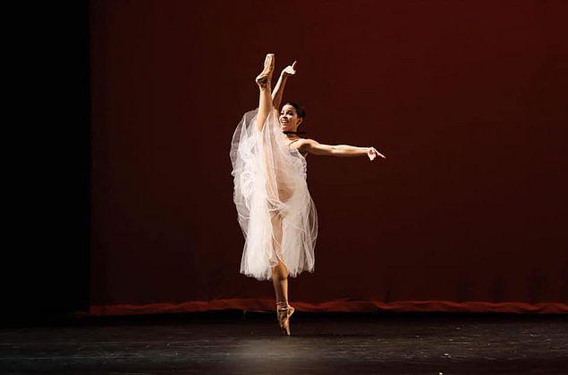Bailarina alagoana se dedica à carreira internacional