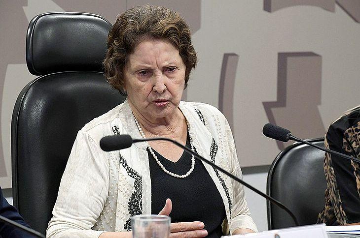 Proposta da senadora Maria do Carmo determina que qualidade do trabalho e produtividade sejam avaliados.