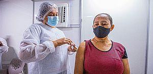 Arapiraquenses com 49 Anos já podem se vacinar contra a Covid-19