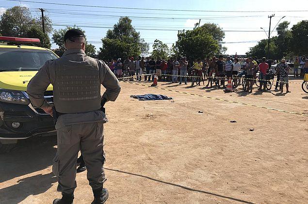 Criança morre atropelada por ônibus escolar no Benedito Bentes