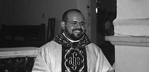 Aos 36 anos, Padre Ronaldo Silva morre por complicações da Covid em Maceió