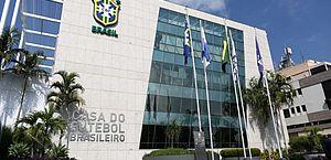 Clubes e CBF defendem impacto do futebol e querem linha de crédito do BNDES