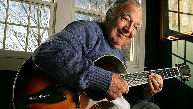 Morre Bucky Pizzarelli, renomado guitarrista de jazz, vítima de coronavírus