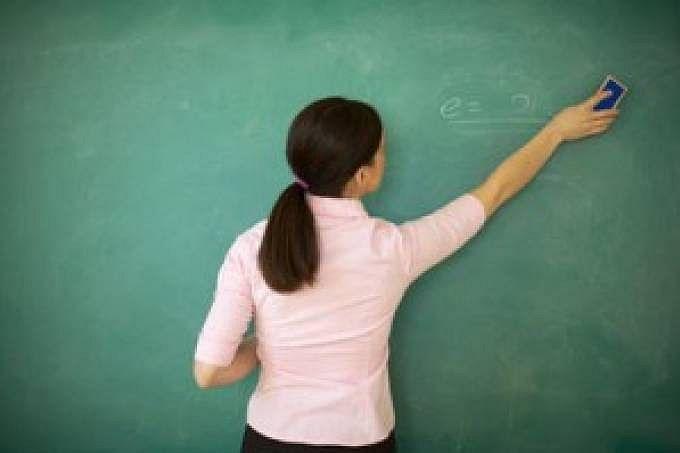 Vai faltar professor sem concurso