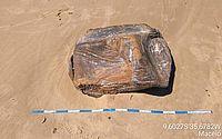 Novos fardos de borracha são encontrados em praia de Maceió