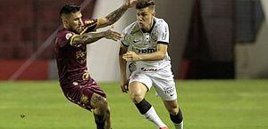 Sport mantém embalo no Brasileirão e complica vida do Corinthians