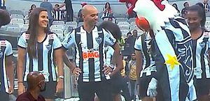 Mascote do Atlético-MG se desculpa após atitude machista com jogadora