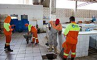 Mercado do Jacintinho passa por mutirão de limpeza nesta segunda