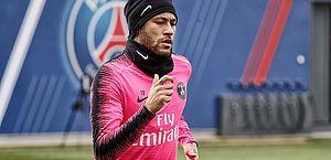 """""""Não quero mais jogar no PSG"""", diz Neymar a presidente do clube"""