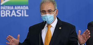 Vacina é esperança para população e pôr fim à pandemia, diz Queiroga
