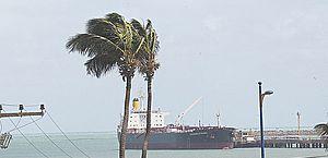 Marinha alerta para ventos fortes de até 60km/h no litoral de Alagoas