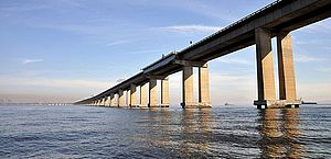 Ponte Rio-Niterói volta a ter restrições para tráfego de carga