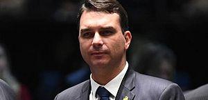 MPF no RJ vai apurar se Flávio Bolsonaro lavou dinheiro com imóveis