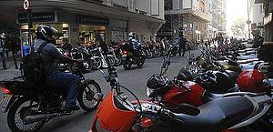 Projeto concede isenção de IPI e IOF para compra de motos por mototaxistas
