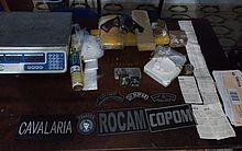Material apreendido com suspeito de tráfico de drogas