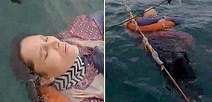 Mulher desaparecida por dois anos é achada boiando no mar