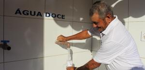 Governo faz a entrega de dois sistemas de dessalinização do Programa Água Doce