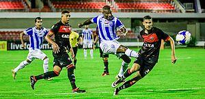 Na estreia da Copa do Nordeste, CSA empata em 1 a 1 com o Vitória no Rei Pelé