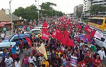 Grupo caminhou pela Avenida Álvaro Otacílio, na Ponta Verde.